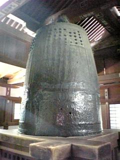 三井寺・弁慶の引き擦り鐘