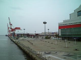 大阪南港ATC<br />  にフェリー乗り場