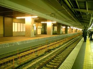 大阪駅11番線(新ホーム)