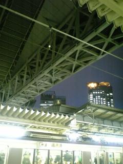 リニューアル後の大阪駅では…